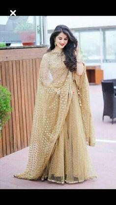 beautiful choli lehenga designs in different styles - Sari Info Pakistani Wedding Dresses, Indian Wedding Outfits, Pakistani Outfits, Bridal Outfits, Indian Dresses, Indian Outfits, Bridal Anarkali Suits, Western Outfits, Indian Designer Outfits