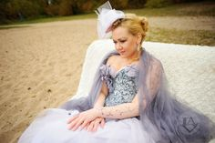 А она ждет его в другом месте и мечтает)  #wedding #love #lovestory #bride #Minsk #Moscow #time #style #photo #unique #follow #happy #счастье #свадьбавминске #anastasialaver #LAV