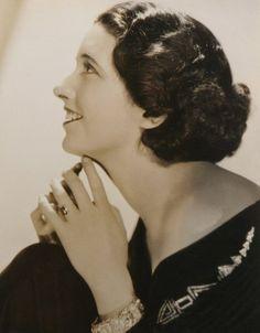 George Hurrell - Kay Francis (1930)