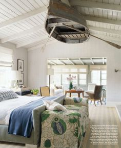 A boat on the ceiling? why not!