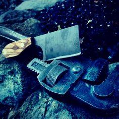 D2 steel mini butcher. 6.5 in oal
