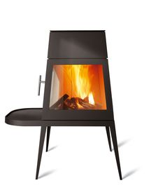 Shaker 7kw log burning stove, designed by Antonio Citterio (with Tom Nguyen) for Skantherm, Germany. Iconic design, inspired by Shaker design movement. Shaker stove is available with door on LHS or RHS, and either short bench module (pictured) or long bench module. Top or rear flue connection,  with built in optional external air.