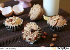 Bezlepkové muffiny s jablky a oříšky Mini Cupcakes, Breakfast, Food, Morning Coffee, Essen, Meals, Yemek, Eten