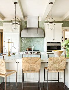 green backsplash & rattan