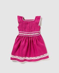 Vestido de niña Tizzas fucsia con puntilla