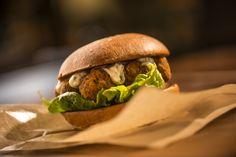 Für alle Vegis unter euch: Unser Falafelburger #healthyasf