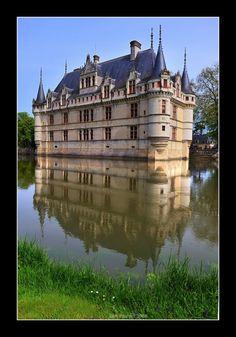 Azay le Rideau, Loire valley, France #travel #chateau #castle