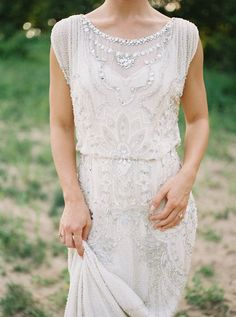 Intimate Summer Wedding Inspiration - photography: Jake Anderson wedding dress: Jenny Packham