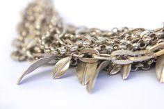 Handmade Leaf Bracelet by Israeli Jewelry por VeredLaorJewelry