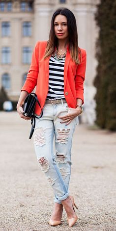 25 Marvelous Picture of How To Wear Distressed Jeans For Women Plus Size . How To Wear Distressed Jeans For Women Plus Size What To Wear With Ripped Jeans 2018 Fashiongum Stylish Street Style, Street Style Looks, Street Chic, Street Style Women, Tomboy Outfits, Casual Outfits, Fashion Outfits, Fashion Trends, Fashion Finder