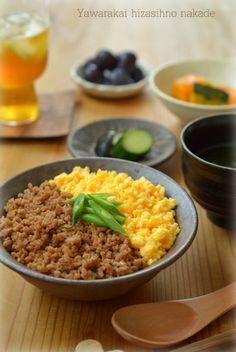 Soboro Don, Pork and Egg over Rice 二色丼