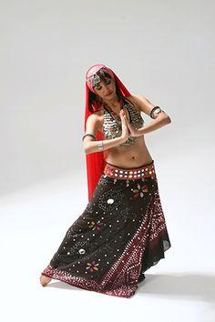 Bachelorette party idea! Bollywood dance class!