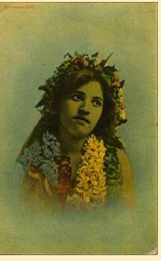 Vintage Hawaii - The Faces of Hawaii  --- Rare early postcard of an Hawaiian young lady