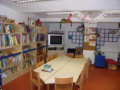 Image from https://sisterlibrariesnaple.files.wordpress.com/2013/02/frangalovic-children-department.jpg.
