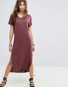 ¡Consigue este tipo de vestido informal de Lira ahora! Haz clic para ver los detalles. Envíos gratis a toda España. Vestido estilo camiseta largo de playa de Lira: Vestido de Lira, En un acabado de tejido ligero, Cuello redondo, Detalle de bolsillos, Aberturas laterales, Corte estándar - se ajusta al tallaje real, Lavar a máquina, 68% modal, 32% poliéster, Modelo: Talla UK S/EU S/USA XS; Altura de 174 cm/5'8,5. Lira tiene su base en las costas del condado de Orange, en el sur de Califor...