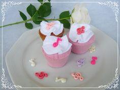 Filc süti cupcake köszönet ajándék, Esküvő, Otthon, lakberendezés, Meghívó, ültetőkártya, köszönőajándék, Esküvői dekoráció, Meska