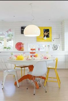 Happy, bright, summery colour scheme