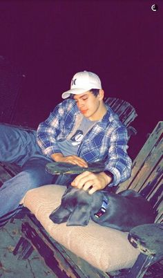 Hayes Grier and his person... I love them <3