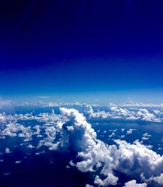 Caribbean clouds. SXM approach.
