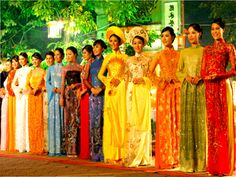 Vietnamese Dress Ao Dai model