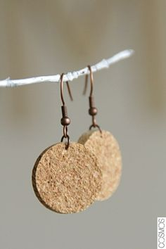 arracades de suro / pendientes de corcho / cork earrings, Go To www.likegossip.com to get more Gossip News!