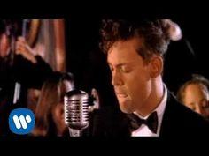 Luis Miguel - Contigo En La Distancia [Music Video]