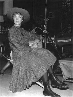 Today in The Sound Of Music began filming on Soundstage 15 at the Century Fox lot in Los Angeles, California. Filming began with Scene – Maria's arrival at the Von Trapp household. Sound Of Music Movie, Christopher Plummer, Julie Andrews, Music Photo, Famous Women, Famous People, Old Hollywood, Classic Hollywood, Costume Design