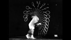 Photos of how Harold Edgerton, the MIT professor who invented the strobe flash in the experimented with his own technolog. Sequence Photography, Movement Photography, Time Lapse Photography, Figure Photography, History Of Photography, Flash Photography, Tennis Photography, Vintage Photography, Strobing