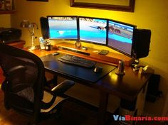 PC Gamer table