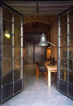 Alfons Tost :: Monvínic Store Divider, Interior Design, Mirror, Store, Barcelona, Room, Furniture, Spain, Home Decor