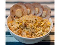 Easy peasy Japanese garlic fried rice with prawns and scallops