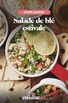 Une recette facile de salade de blé estivale avec des tomates, du concombre et du poivron. #recette#cuisine #salade #ble #recetteestivale #tomate #concombre #poivron Grains, Tacos, Ethnic Recipes, Food, Chopped Salads, Bell Pepper, Cucumber, Rice, Essen