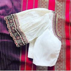 New Saree Blouse Designs, Blouse Designs High Neck, Best Blouse Designs, Hand Work Blouse Design, Stylish Blouse Design, Bridal Blouse Designs, Designer Blouse Patterns, Blouse Neck Patterns, Boat Neck