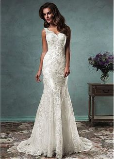 Graceful Tulle V-neck Neckline Mermaid Wedding Dresses with Beaded Lace Appliques
