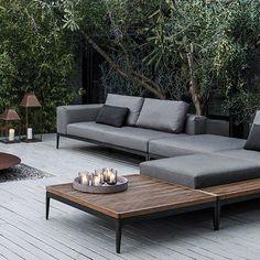 Amazing Of Modern Patio Lounge Chairs 25 Best Ideas About Modern Regarding Outdoor Lounge Furniture Modern Outdoor Seating, Outdoor Spaces, Outdoor Living, Outdoor Decor, Outdoor Sofas, Outdoor Balcony, Outdoor Pergola, Diy Pergola, Sofa Area Externa