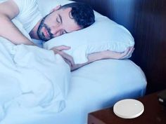 Dodow is a light-based metronome designed to quickly lull you to sleep. Simply breathe along with the soft blue glow on your ceiling. See how it works now! How To Sleep Faster, How To Get Sleep, Good Sleep, Sleep Help, Sleep Better, Ways To Fall Asleep, Rhythmic Pattern, Bone Diseases, Sleep Issues