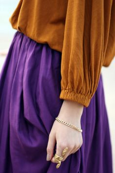 rust + violet. What a beautiful and rich color combo for fall?