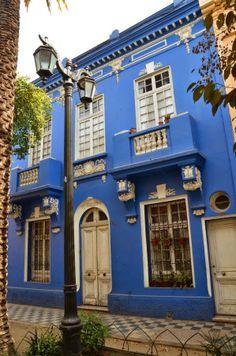 Pasaje Adriana Cousiño in Barrio Yungay, Santiago de Chile