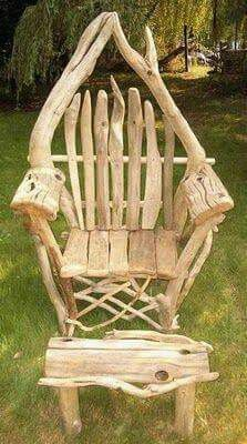 4 the love of wood: CHAIRS - driftwood Absolutely stunning chairs Willow Furniture, Driftwood Furniture, Driftwood Projects, Log Chairs, Outdoor Chairs, Log Stools, Unique Furniture, Rustic Furniture, Furniture Ideas