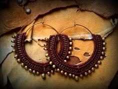 Macrame tribali gioielli / orecchini a cerchio / di Kalajadoo