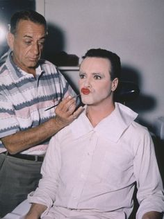 Make-Up man Emile LaVigne, Jack Lemmon Film Set Some Like It Hot (1959) 0053291