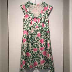 100% Silk Think Spring!! Moulinette Seours beautiful silk dress with lining. Lovely green accent buttons. Side zip. This is a quality dress. Anthropologie Dresses Mini
