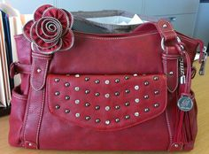 This is my current favorite @Grace Adele combo! Red Mary, red Rae clutch, red Zipper Rose and red Tassel. Love Love Love!!