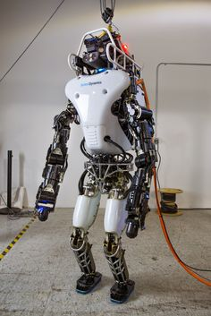 Next Big Future: DARPA Humanoid Atlas robotsand other DARPA bots now will have no strings for competition