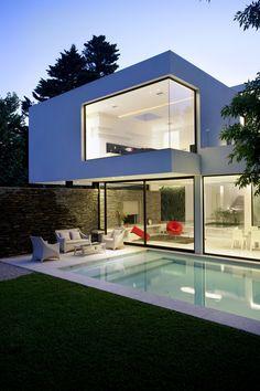 Carrara Marble House in Argentina | iDesignArch | Interior Design, Architecture & Interior Decorating eMagazine