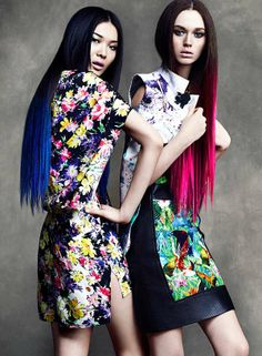 100 Crazy Kaleidoscopic Fashions - These Bold Styles are Busting with Dynamic Colors and Prints (TOPLIST)