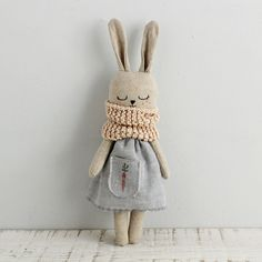 Bunny doll fabric doll made with organic linen organic cotton hemp dress and organic cotton scarf bunnydoll linendoll ecotoy organictoy organicdoll fabricdoll ragdoll Fabric Toys, Fabric Crafts, Sewing Crafts, Sewing Projects, Cotton Crafts, Paper Toys, Muñeca Diy, Sewing Dolls, Diy Doll