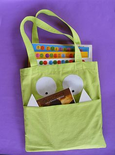 Library Tote Bag for kids (pdf pattern on etsy).