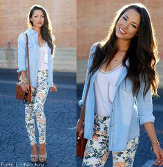 Calça florida + camisa jeans