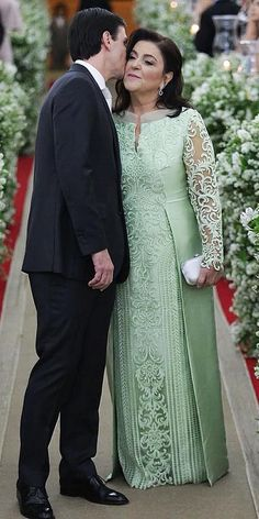 15 Excellent Mother Of The Groom Dresses ❤ mother of the groom dresses long with sleeves lace winter paulodolce ❤ Mother Of Groom Outfits, Mother Of The Bride Dresses Long, Mothers Dresses, Evening Dresses With Sleeves, Evening Dresses Plus Size, Wedding Dress Bustle, Wedding Dresses, Beautiful Dresses, Nice Dresses